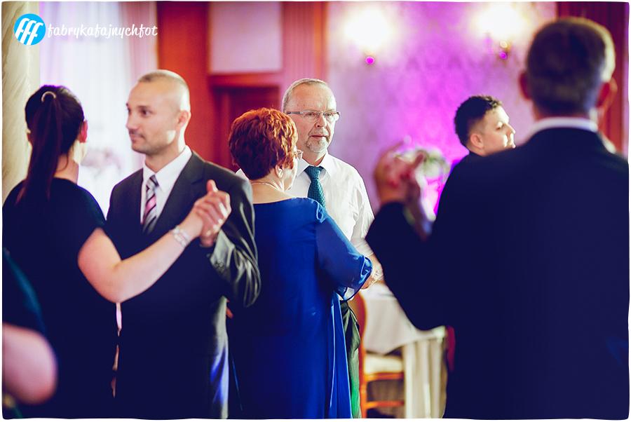 fotoreportaż ślubny Miedziana Góra