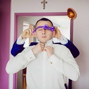 przygotowania do ślubu w domu Pana Młodego