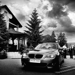 samochód do ślubu dla Młodej Pary