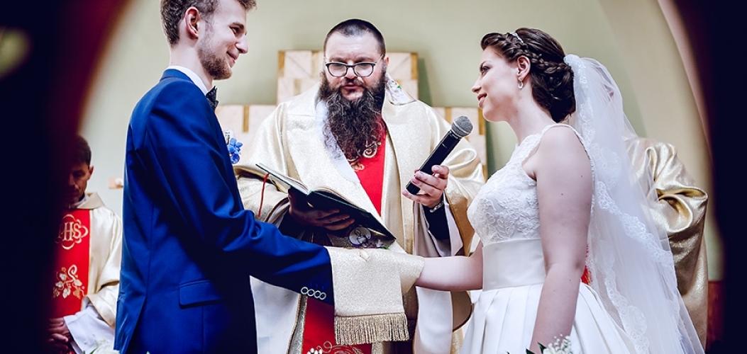 Aleksandra i Dominik – zdjęcia ślubne Zagnańsk