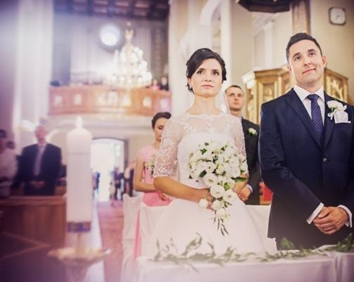 MONIKA i JERZY – fotoreportaż ślubny Pacanów