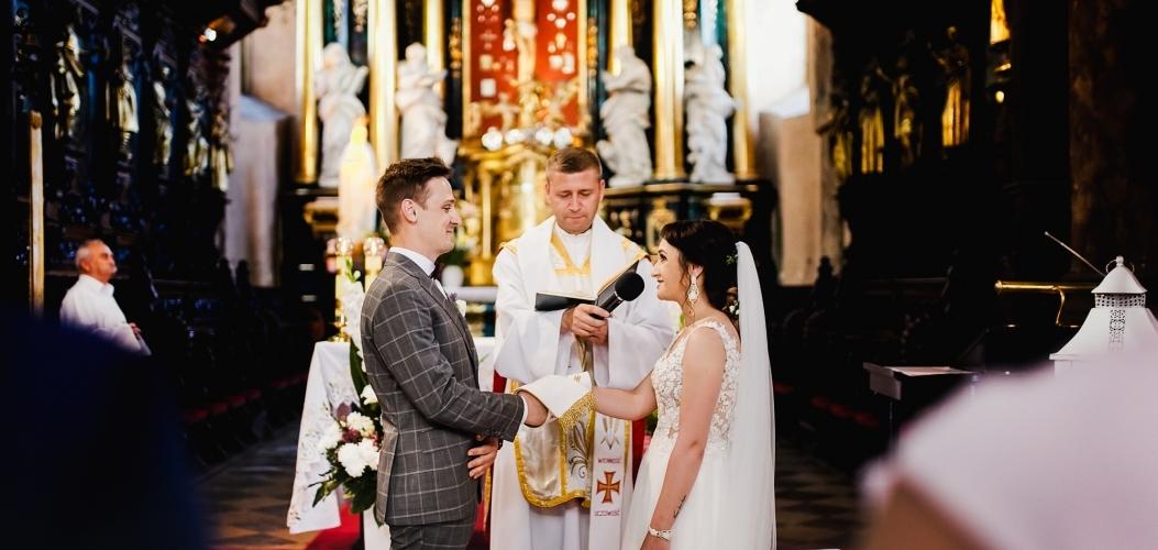 Weronika i Jakub – fotoreportaż ślubny Pińczów